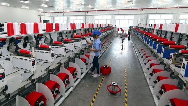 Dây chuyền sản xuất sợi tại Công ty TNHH Dệt nhuộm Jasan Việt Nam, Khu công nghiệp dệt may Phố Nối B (Hưng Yên).  - Sputnik Việt Nam