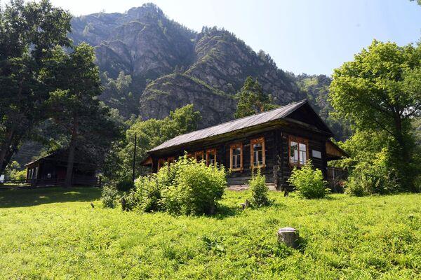 Khu bảo tồn-bảo tàng mang tên G.I. Choros-Gurkin tại làng Anos huyện Chemalsky thuộc Cộng hòa Altai - Sputnik Việt Nam