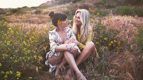 Angela Paul với con gái Arielle - Sputnik Việt Nam