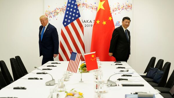 Президент США Дональд Трамп и президент Китая Си Цзиньпин на саммите G20 в Осаке, Япония - Sputnik Việt Nam