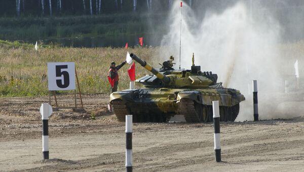Đội lái tăng Việt Nam tại Alabino. Ngày 6 tháng 8 - Sputnik Việt Nam