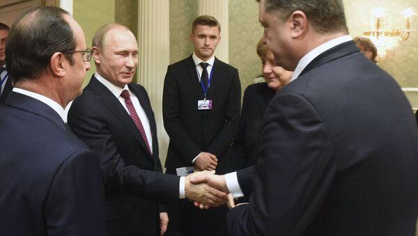 Piotr Poroshenko và Vladimir Putin - Sputnik Việt Nam