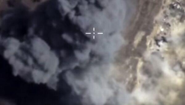 Cuộc không kích của Lực lượng Không quân Vũ trụ Nga ở Syria - Sputnik Việt Nam