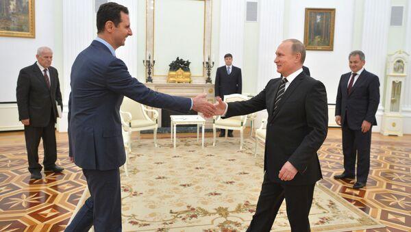 Bashar Assad và Vladimir Putin - Sputnik Việt Nam