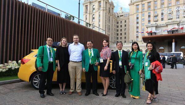 Với các đối tác nước ngoài đặt vấn đề hợp tác với Tập đoàn Mai Linh  - Sputnik Việt Nam