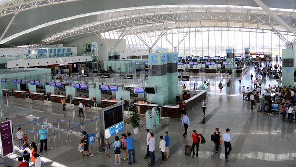 Khu vực làm thủ tục sân bay Nội Bài - Sputnik Việt Nam