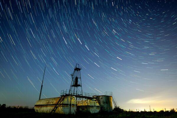 Bầu trời đầy sao ở tỉnh Krasnodar trong trận mưa sao băng Perseid - Sputnik Việt Nam