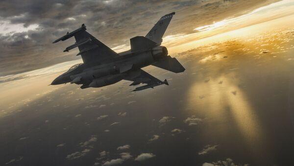 F-16 Fighting Falcon - Sputnik Việt Nam