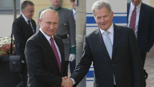 Tổng thống Nga Vladimir Putin và Tổng thống Cộng hòa Phần Lan Sauli Niinistö - Sputnik Việt Nam