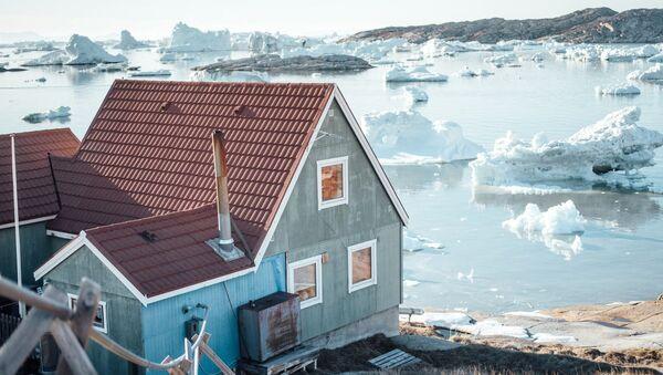 Ngôi nhà bên mép nước ở Greenland - Sputnik Việt Nam