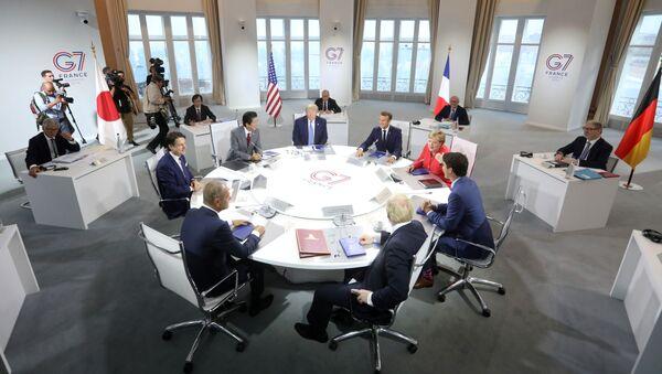 Lãnh đạo các nước thành viên tham gia Hội nghị thượng đỉnh G7 ở Biarritz - Sputnik Việt Nam