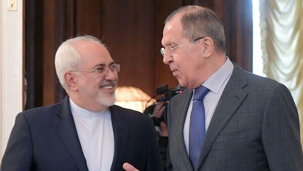 Bộ trưởng Ngoại giao Iran Mohammad Javad Zarif và Bộ trưởng Ngoại giao Nga Sergei Lavrov - Sputnik Việt Nam