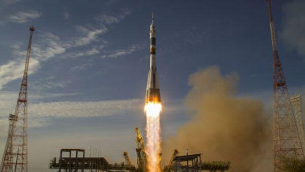 Phóng tên lửa Soyuz từ vũ trụ Baikonur - Sputnik Việt Nam