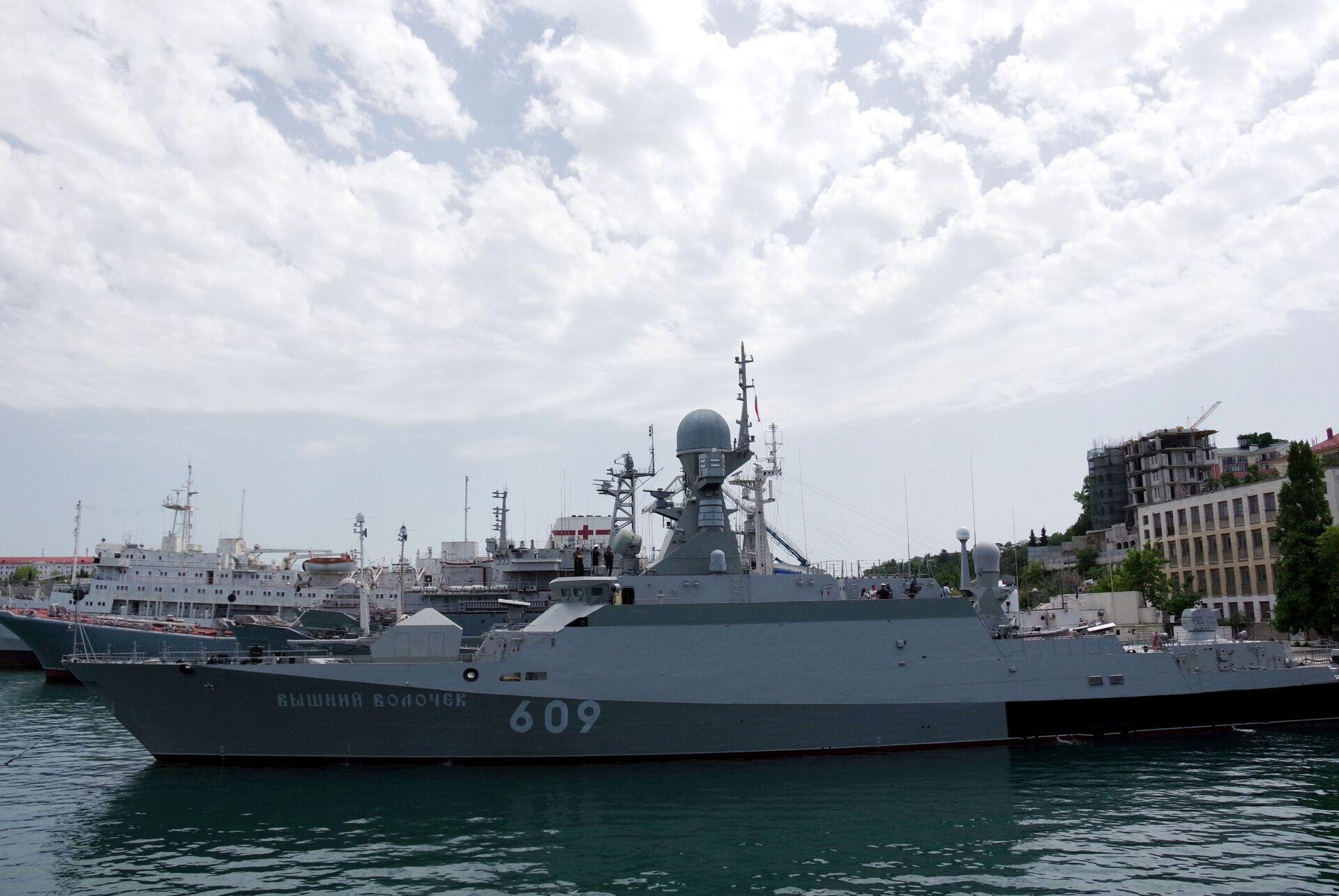 Cuộc tập trận của hơn 20 tàu Nga đã diễn ra ở Biển Đen - Sputnik Việt Nam, 1920, 20.04.2021