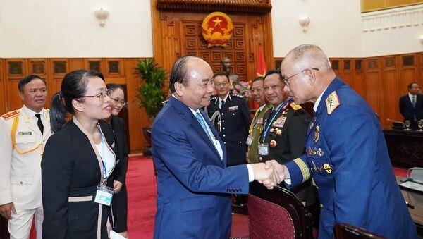 Thủ tướng tiếp các Trưởng đoàn dự Hội nghị Tư lệnh Cảnh sát các nước ASEAN lần thứ 39 tại Việt Nam - Sputnik Việt Nam