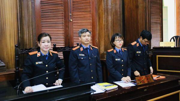 Các Kiểm sát viên tham gia phiên toà xét xử vụ án tại VN Pharma.  - Sputnik Việt Nam