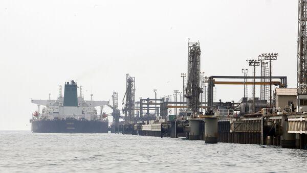 Tàu chở dầu Iran ra khỏi đảo Hark - Sputnik Việt Nam