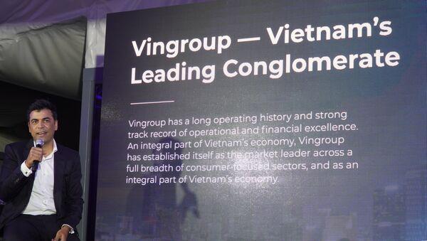 Phó TGĐ của VINGROUP Mantosh Malhotra giới thiệu về Tập đoàn VINGROUP tại Nga - Sputnik Việt Nam