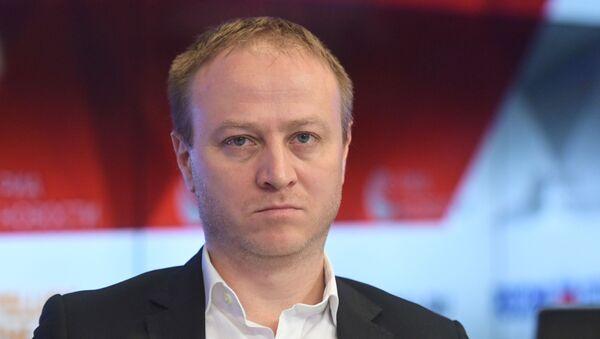 Giám đốc kênh thông tin của Sputnik Dmitry Gornostaev  - Sputnik Việt Nam