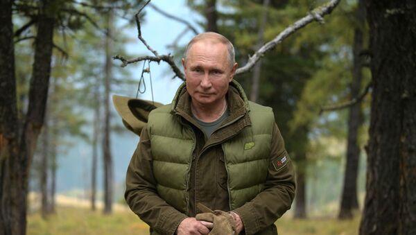 Tổng thống Liên bang Nga V. Putin tại Siberia - Sputnik Việt Nam