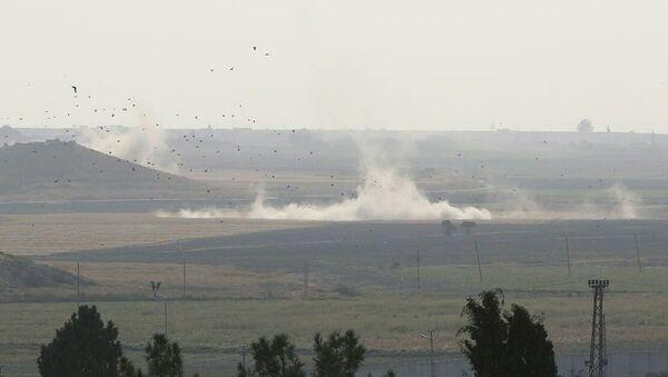 Hậu quả của các cuộc không kích của Thổ Nhĩ Kỳ ở khu vực thành phố Ras Al Ain của Syria - Sputnik Việt Nam