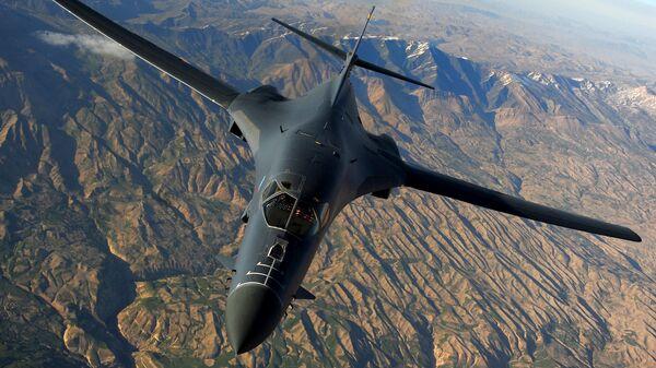 Máy bay ném bom Mỹ Rockwell B-1B Lancer - Sputnik Việt Nam