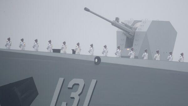 Tàu khu trục tên lửa dẫn đường Type 052D Thái Nguyên của Trung Quốc - Sputnik Việt Nam