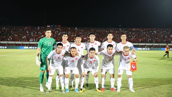 Đội hình ra sân của Việt Nam.  - Sputnik Việt Nam