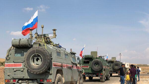 Cảnh sát quân sự Nga tại khu vực miền Bắc Syria  - Sputnik Việt Nam