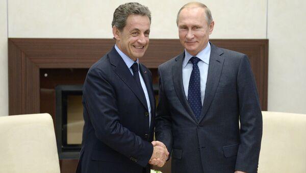 Vladimir Putin và Nicolas Sarkozy - Sputnik Việt Nam