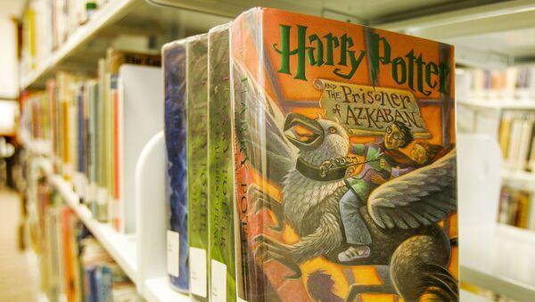 Bộ sách Harry Potter của Joan Rowling - Sputnik Việt Nam