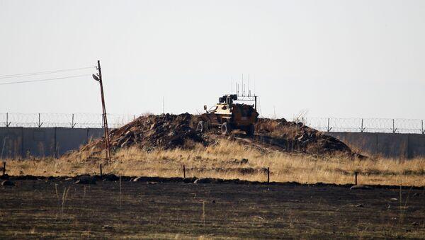 Nga và Thổ Nhĩ Kỳ hoàn thành cuộc tuần tra chung thứ ba ở miền bắc Syria - Sputnik Việt Nam