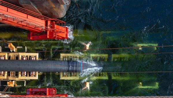 Đường ống Nord Stream 2 đang được đặt. - Sputnik Việt Nam