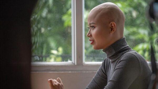 Phát hiện bị ung thư vú vào những năm tháng thanh xuân đẹp nhất là cú sốc lớn đối với Đặng Trần Thủy Tiên. - Sputnik Việt Nam