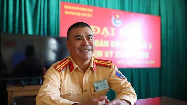 Trung tá Vũ Xuân Hà Thái (Đội CSGT số 3, Công an TP Hà Nội). - Sputnik Việt Nam