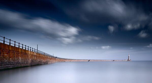 Ảnh Roker Pier, Sunderland của JP Appleton, người chiến thắng trong đề cử Historic England Winner (Nước Anh lịch sử) trong cuộc thi Historic Photographer of the Year 2019 - Sputnik Việt Nam