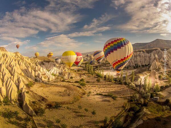 Bức ảnh Cappadocia ở Thổ Nhĩ Kỳ của Eduardo Arteaga, người vào chung kết cuộc thi Historic Photographer of the Year 2019 - Sputnik Việt Nam