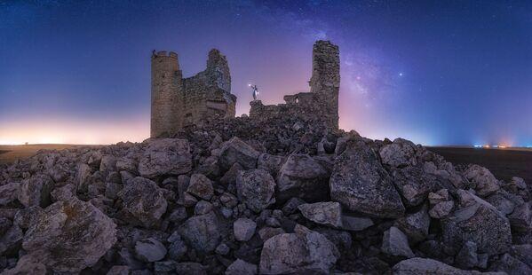 Tàn tích của lâu đài Caudilla ở Tây Ban Nha của Julio Castro Pardo, người vào chung kết Historic Photographer of the Year 2019 - Sputnik Việt Nam