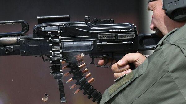 Trình diễn súng máy PKP PechITED - Sputnik Việt Nam