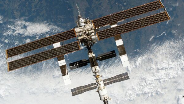 Trạm vũ trụ quốc tế trong không gian - Sputnik Việt Nam