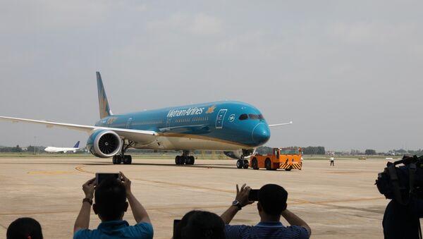 Chiếc máy bay thứ 100 gia nhập đội bay của Vietnam Airlines - Sputnik Việt Nam