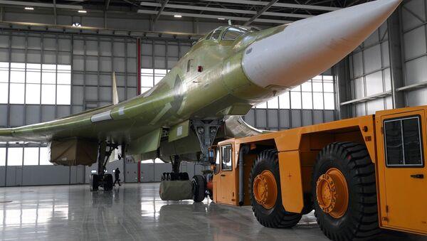 Ra mắt một chiếc máy bay Tu-160M2 nguyên mẫu ở Kazan - Sputnik Việt Nam
