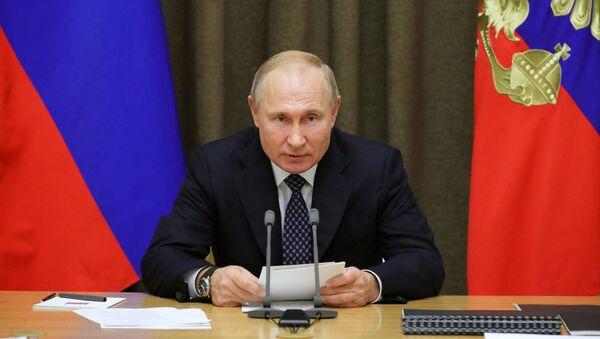 Chuyến thăm làm việc của Tổng thống Liên bang Nga V. Putin tới Quận Liên bang miền Nam - Sputnik Việt Nam