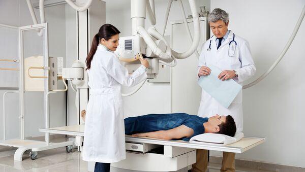 Bệnh nhân trong phòng chụp X-quang - Sputnik Việt Nam