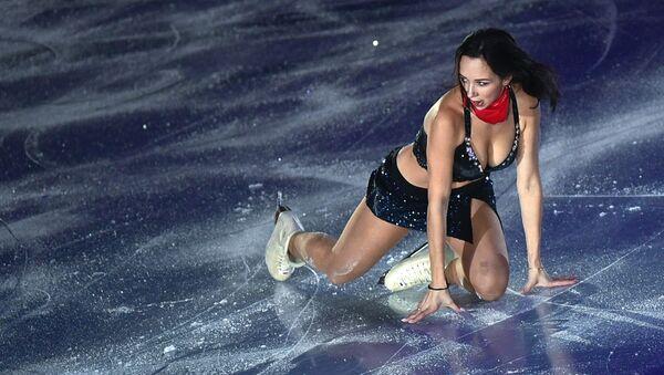 Vận động viên trượt băng nghệ thuật Nga Elizaveta Tuktamysheva tại Giải trượt băng nghệ thuật ở Vancouver - Sputnik Việt Nam