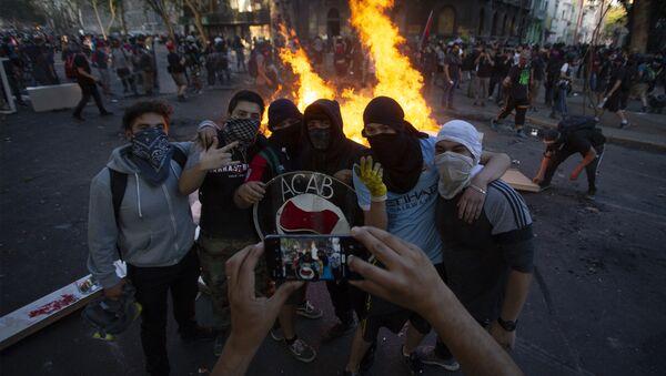 Các cuộc biểu tình xã hội ở Chile. - Sputnik Việt Nam