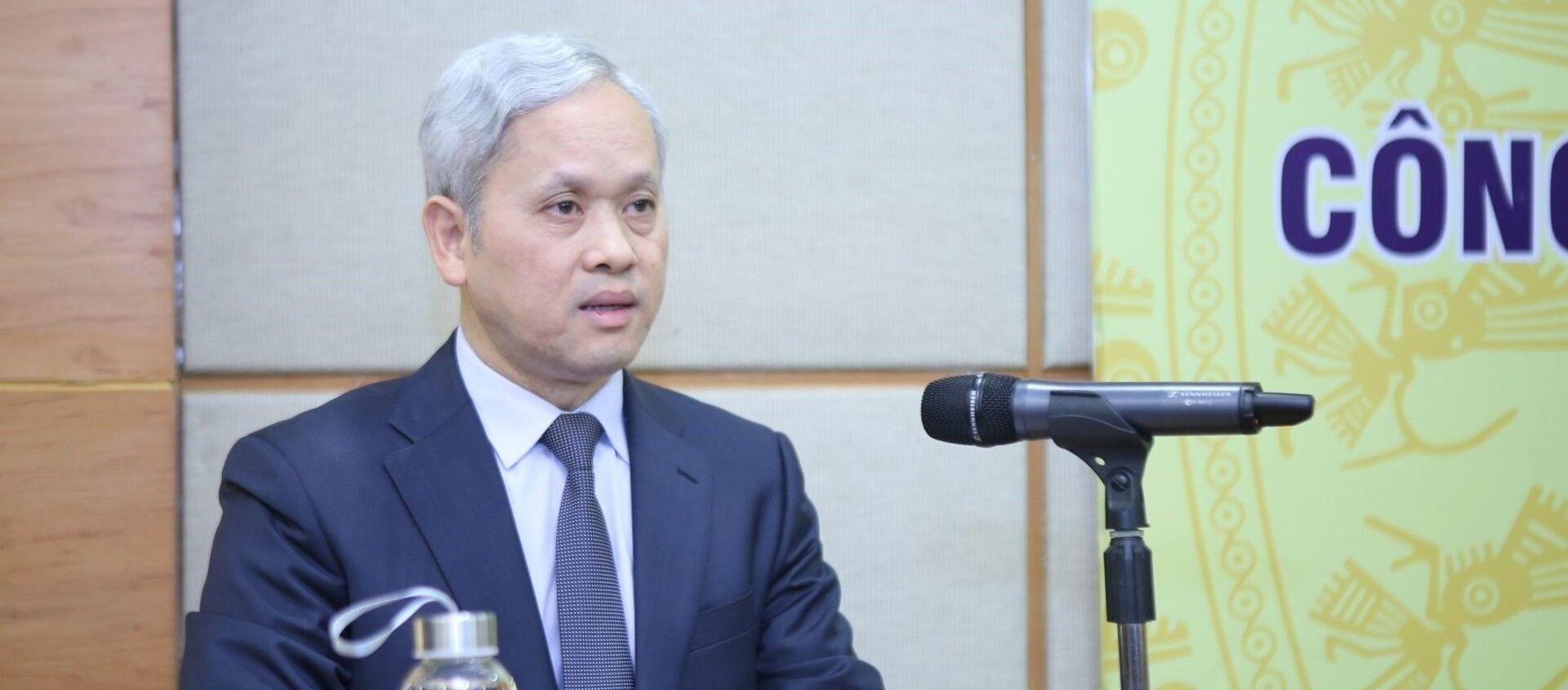 Tổng cục trưởng Tổng cục Thống kê Nguyễn Bích Lâm công bố kết quả đánh giá lại quy mô GDP giai đoạn 2010 - 2017 - Sputnik Việt Nam, 1920, 13.12.2019