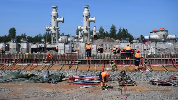 Công nhân xây dựng đường ống dẫn khí đốt «Dòng chảy phương Bắc – 2»  - Sputnik Việt Nam
