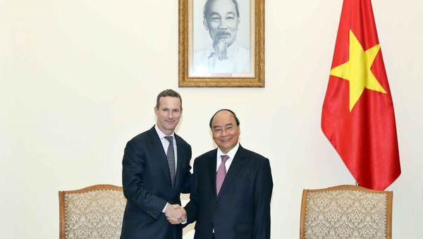 Thủ tướng Nguyễn Xuân Phúc tiếp Tổng giám đốc Tập đoàn Tài chính Phát triển Quốc tế Hoa Kỳ (DFC) - Sputnik Việt Nam