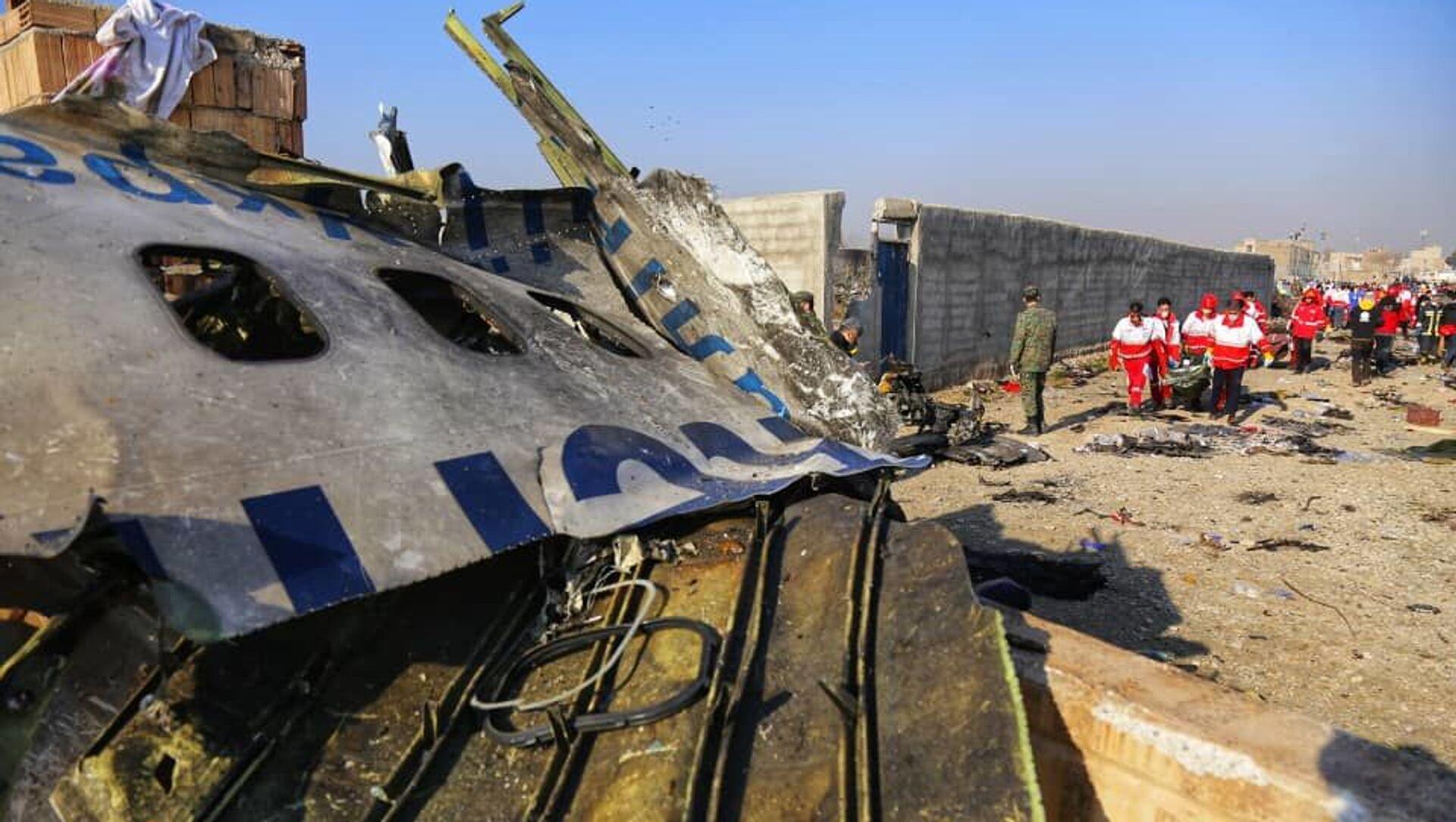 Vụ tai nạn thương tâm của Boeing 737-800 của Hãng hàng không quốc tế Ukraina, chuyến bay số hiệu 752, gần Tehran, Iran - Sputnik Việt Nam, 1920, 18.03.2021